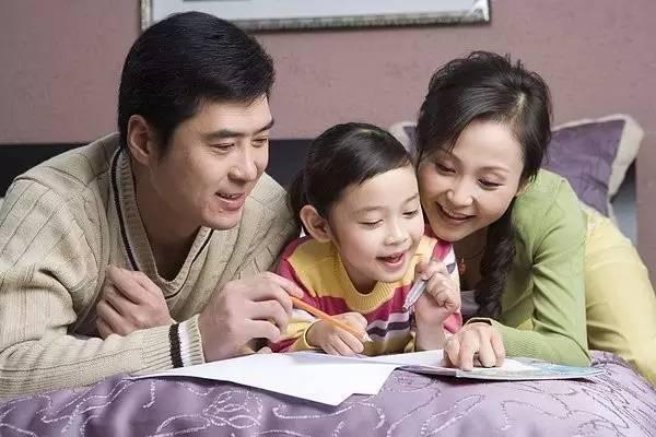 研究发现 家长参与学校教育,对孩子一生影响重大图片